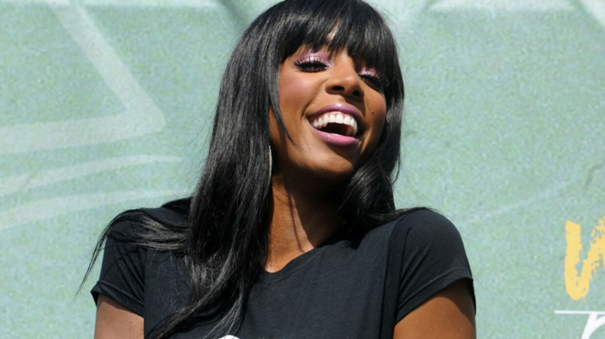 VIDEO Kelly Rowland (ex-Desti­ny's Child) montre ses seins