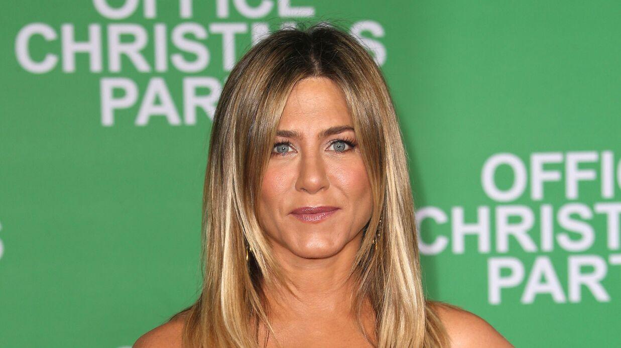 Jennifer Aniston s'explique après l'épisode de l'étiquette oubliée sur sa veste