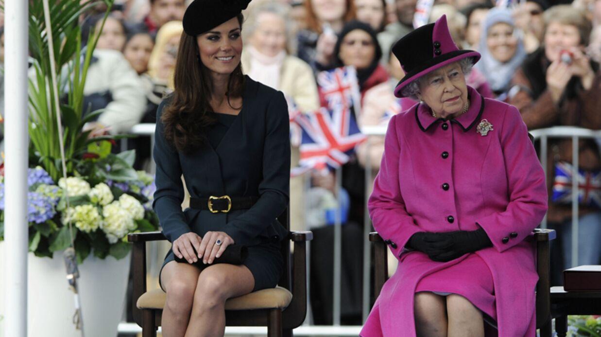 PHOTOS Kate Middleton et la reine se consolent de l'absence de William