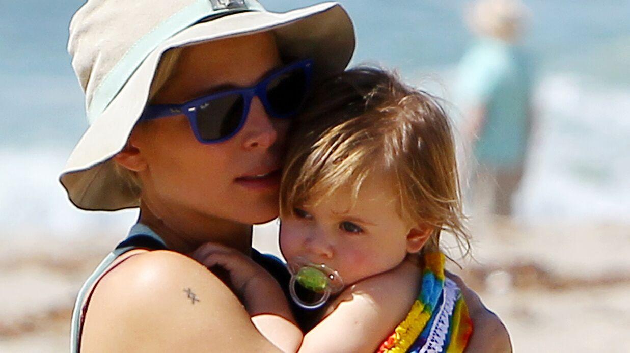 PHOTOS L'impressionnant ventre d'Elsa Pataky à la plage