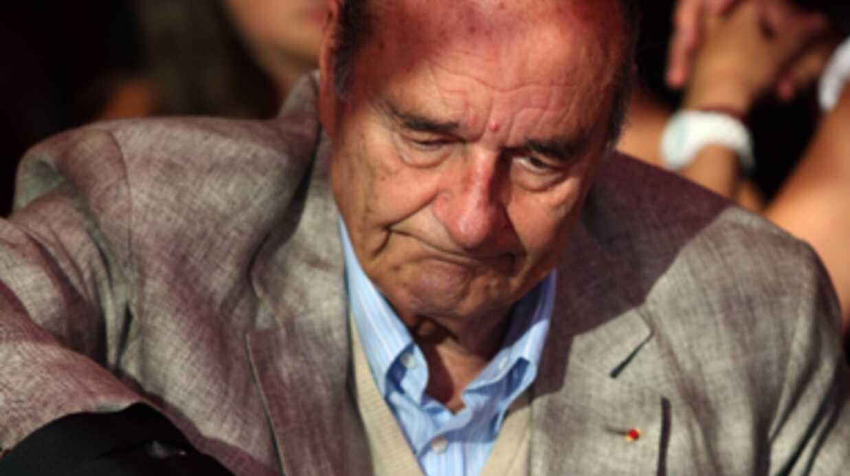 Jacques Chirac: on sait pourquoi il porte une attelle