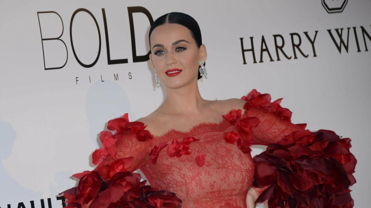 PHOTO Katy Perry: en vacances sur l'île de Ré, elle nous montre sa culotte