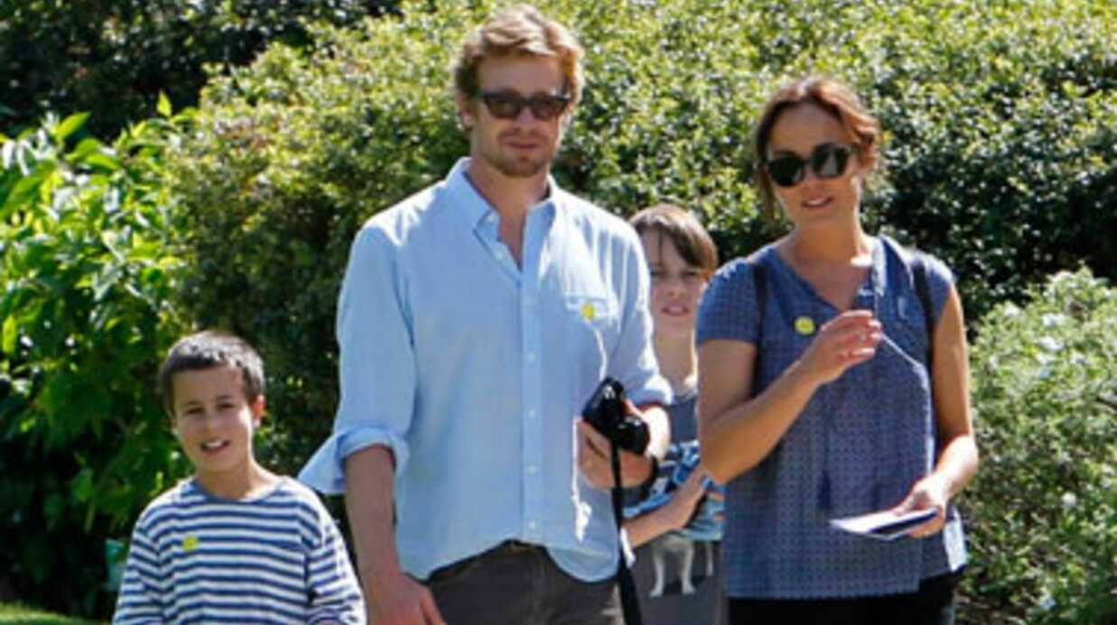 PHOTOS Menta­list : Simon Baker visite Paris en famille