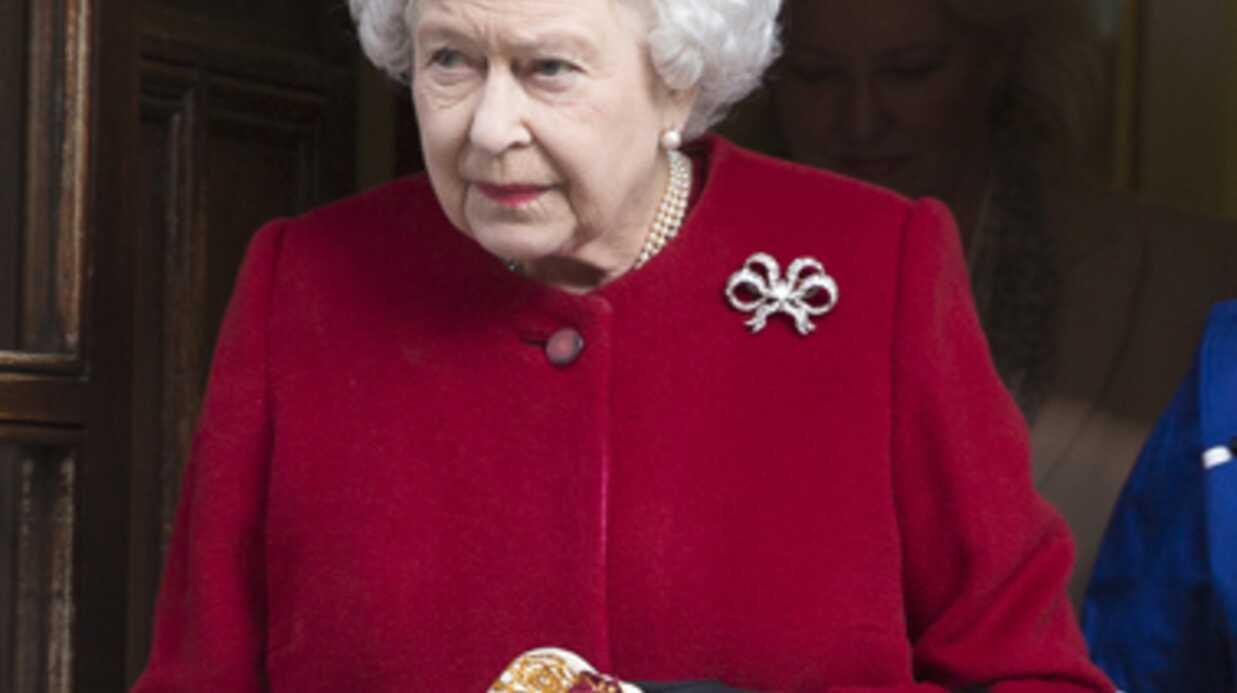 Convalescente, Elizabeth II annule sa venue à une cérémonie