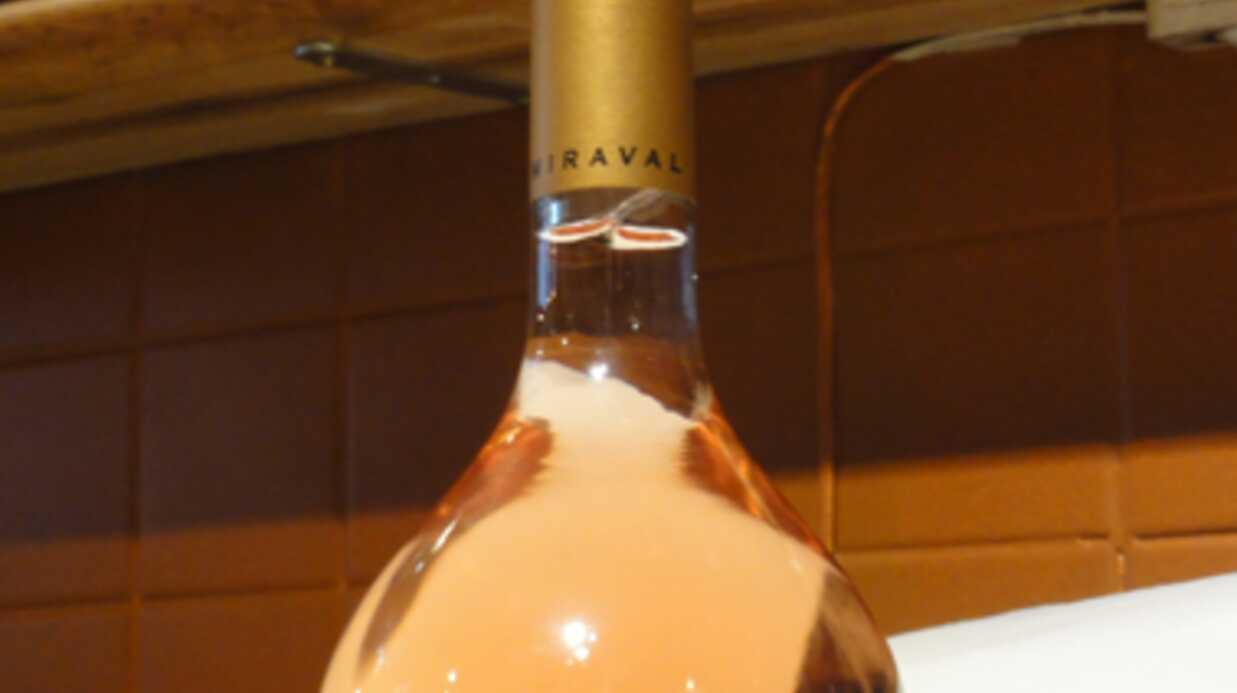 On a testé… le vin rosé de Brad Pitt