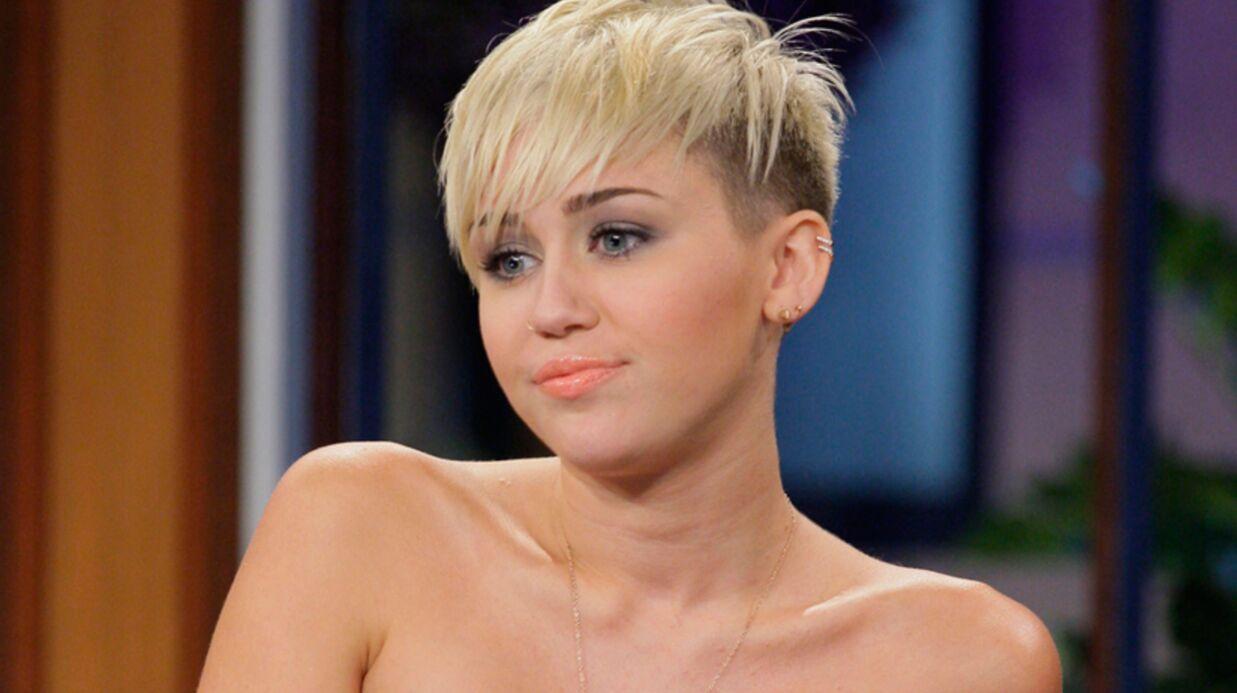 Miley Cyrus effondrée par la mort de son chien