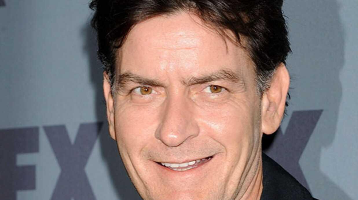 Paparazzi décédé: Charlie Sheen fait un don pour les funérailles