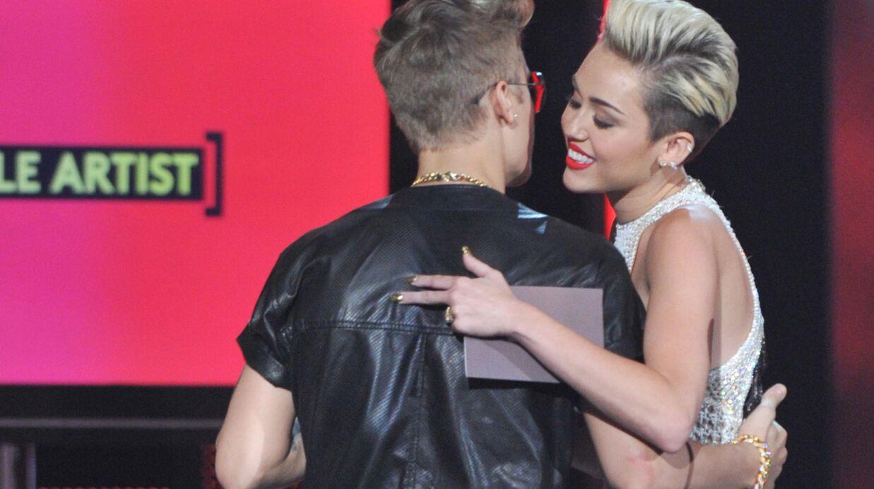 Du flirt dans l'air entre Justin Bieber et Miley Cyrus