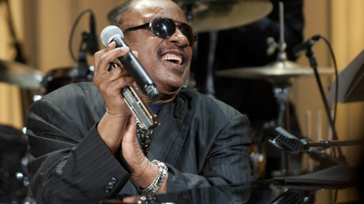 Stevie Wonder : accusé d'in­ceste