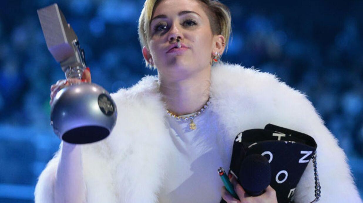 Miley Cyrus: une enquête ouverte sur son joint au MTV EMA