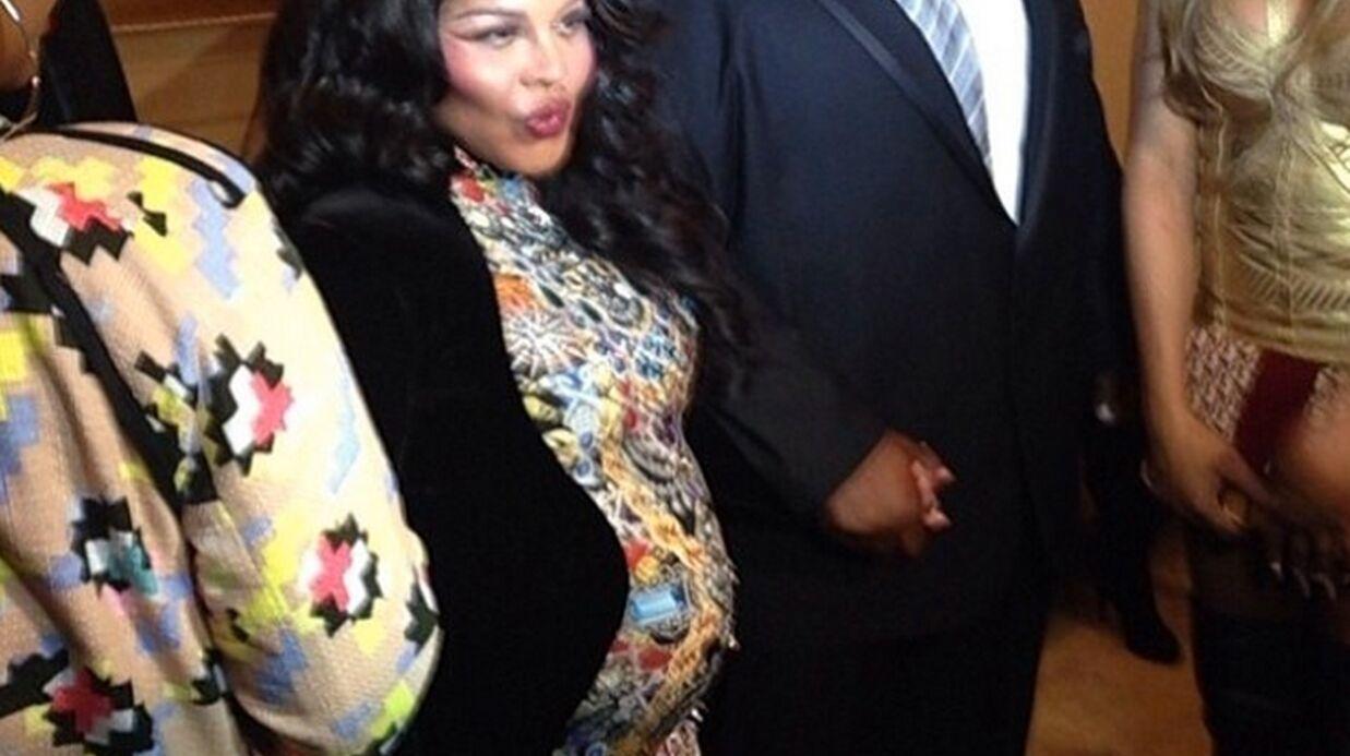 PHOTOS La rappeuse Lil' Kim affiche son ventre de femme enceinte