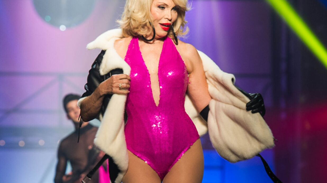 Amanda Lear jure qu'elle n'a jamais fait de chirurgie esthétique