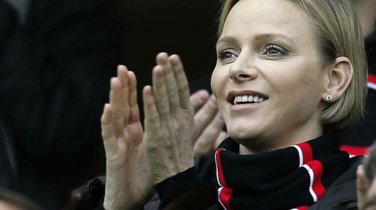 PHOTOS Charlène de Monaco s'éclate à un match de rugby