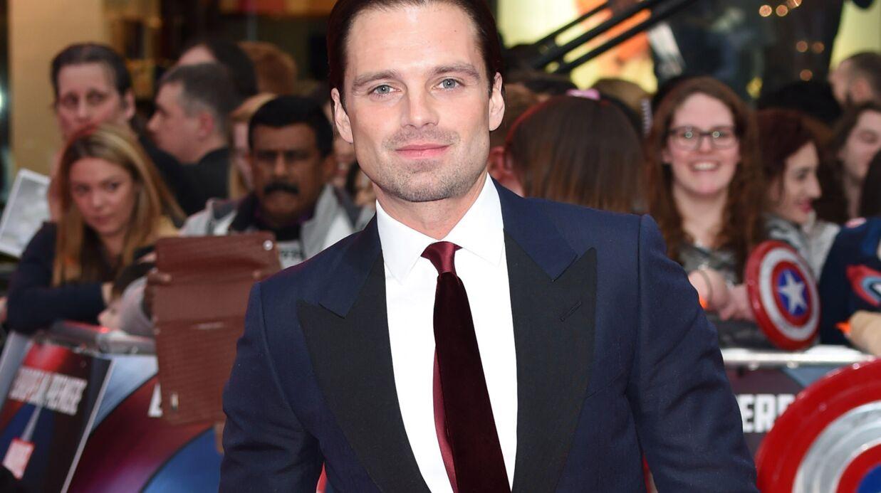 PHOTOS Sebastian Stan (Captain America): interloqué, il assiste aux fiançailles d'un couple par surprise