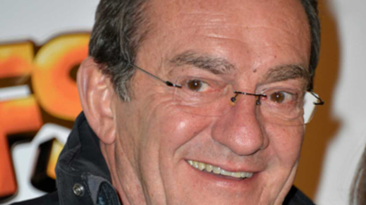 VIDEO L'air de rien, Jean-Pierre Pernaut fait la promo de son livre pendant son JT