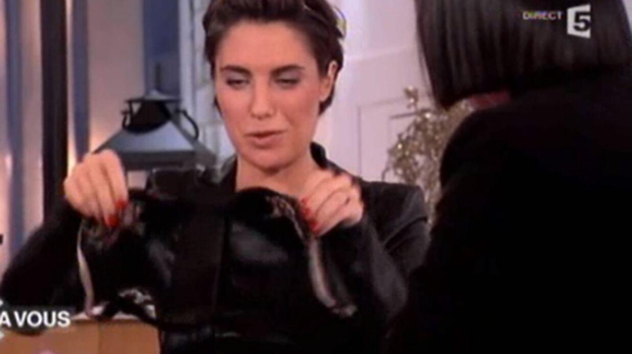 Alessandra Sublet: son clin d'œil sexy à son amoureux