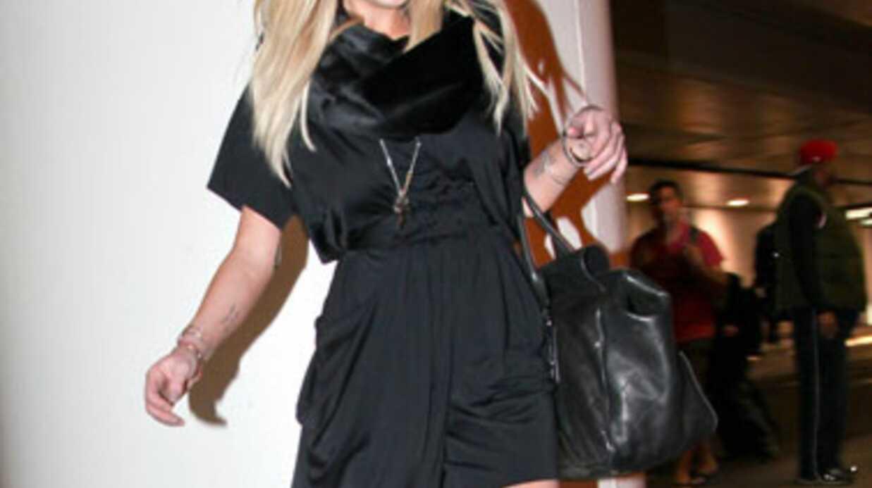 Lindsay Lohan rate son vol et la promo de ses photos nues