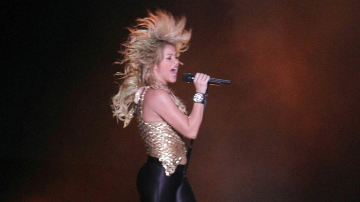 PHOTOS Shakira attaquée par un lion de mer