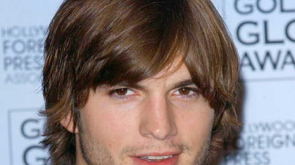 Les premières photos d'Ashton Kutcher en Steve Jobs