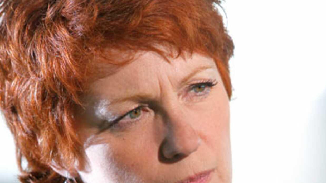 Véronique Genest et un internaute s'insultent sur Facebook