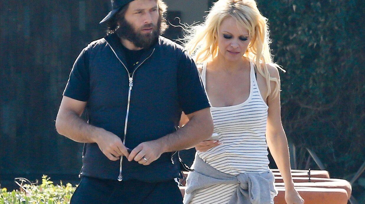 Pamela Anderson accuse Rick Salomon de violences