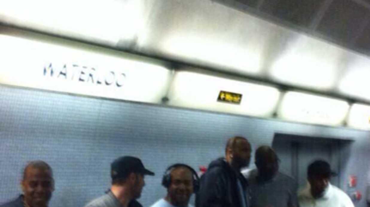 PHOTOS Jay-Z et Chris Martin prennent le métro à Londres