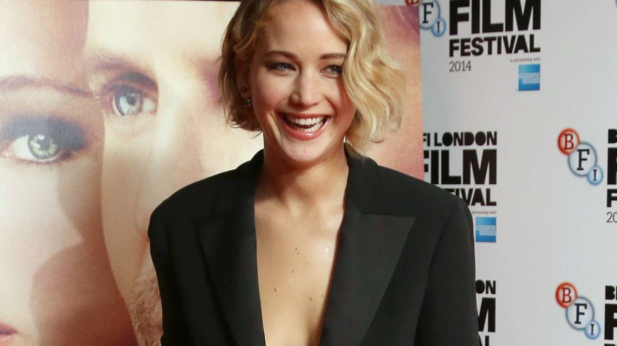 PHOTOS Jennifer Lawrence ultra sexy à Londres sur le tapis rouge de Serena
