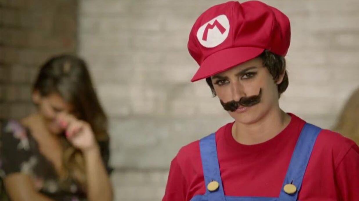 VIDEO Penélope Cruz se transforme en Mario pour Nintendo