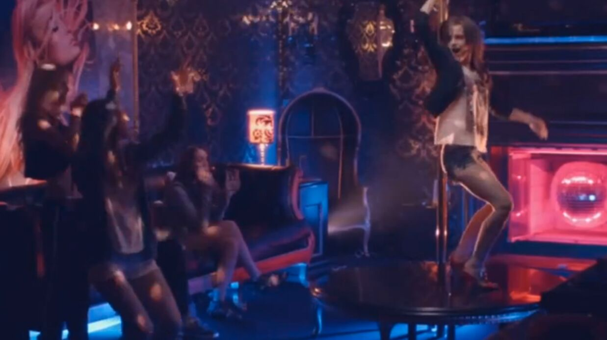 VIDEO Emma Watson fait du pole dance