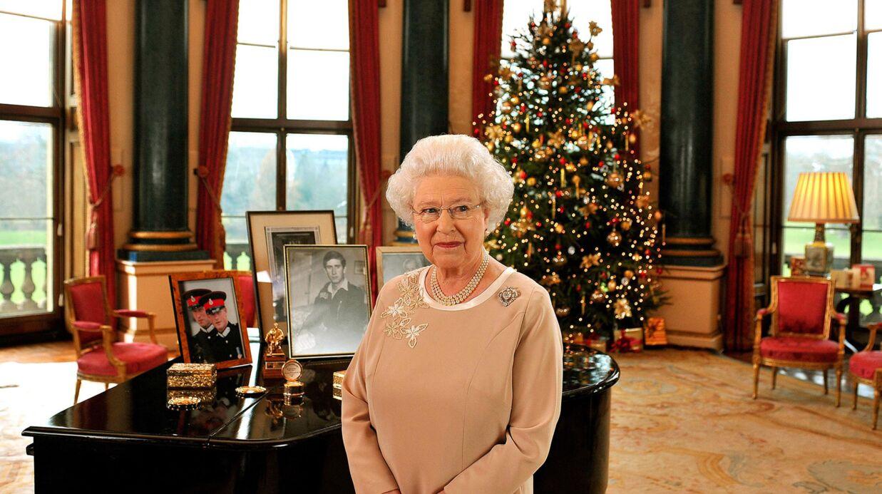 Elizabeth II: dress code, cadeaux pas chers et protocole, voilà comment la reine fête Noël