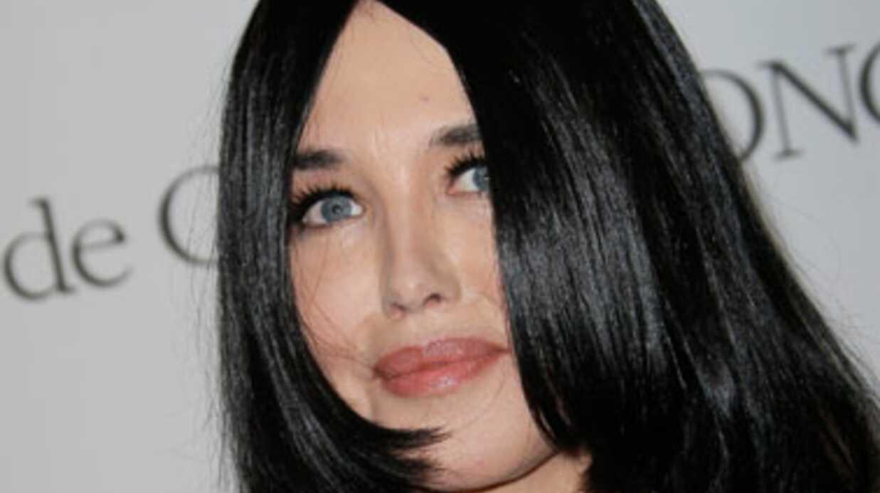 Isabelle Adjani: fan de Zahia, elle va lui consacrer un docu