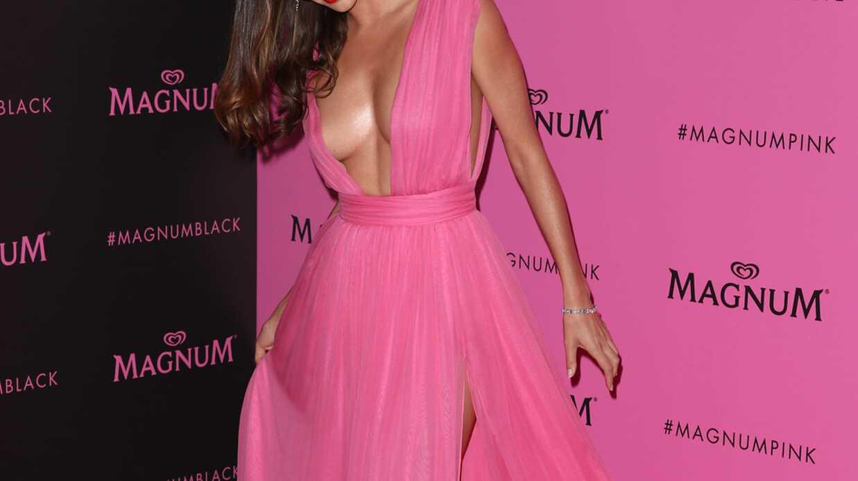 PHOTOS Miranda Kerr: sa robe ultra décolletée pour enflammer la Croisette