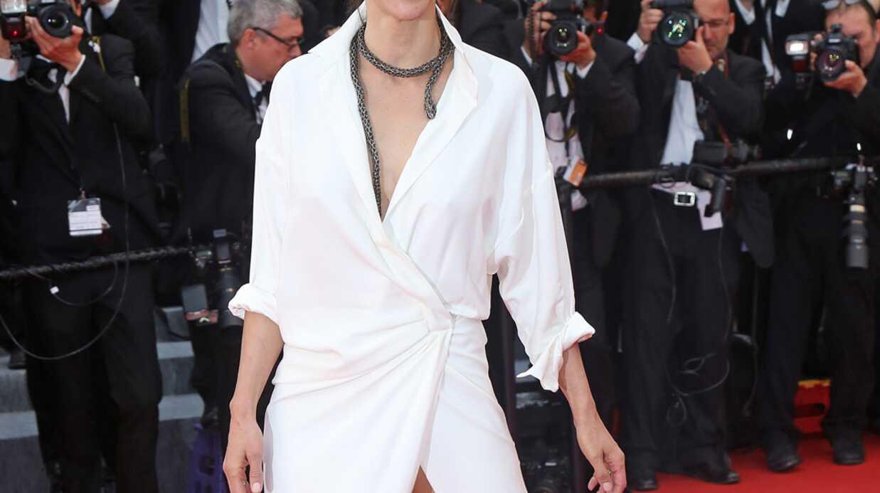 Cannes 2015: après un sein, Sophie Marceau dévoile sa culotte sur le tapis rouge