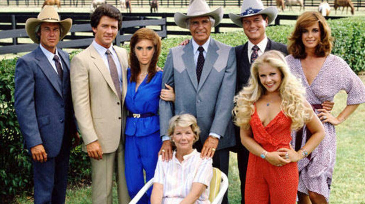PHOTOS Victoria Beckham rend hommage à la série Dallas