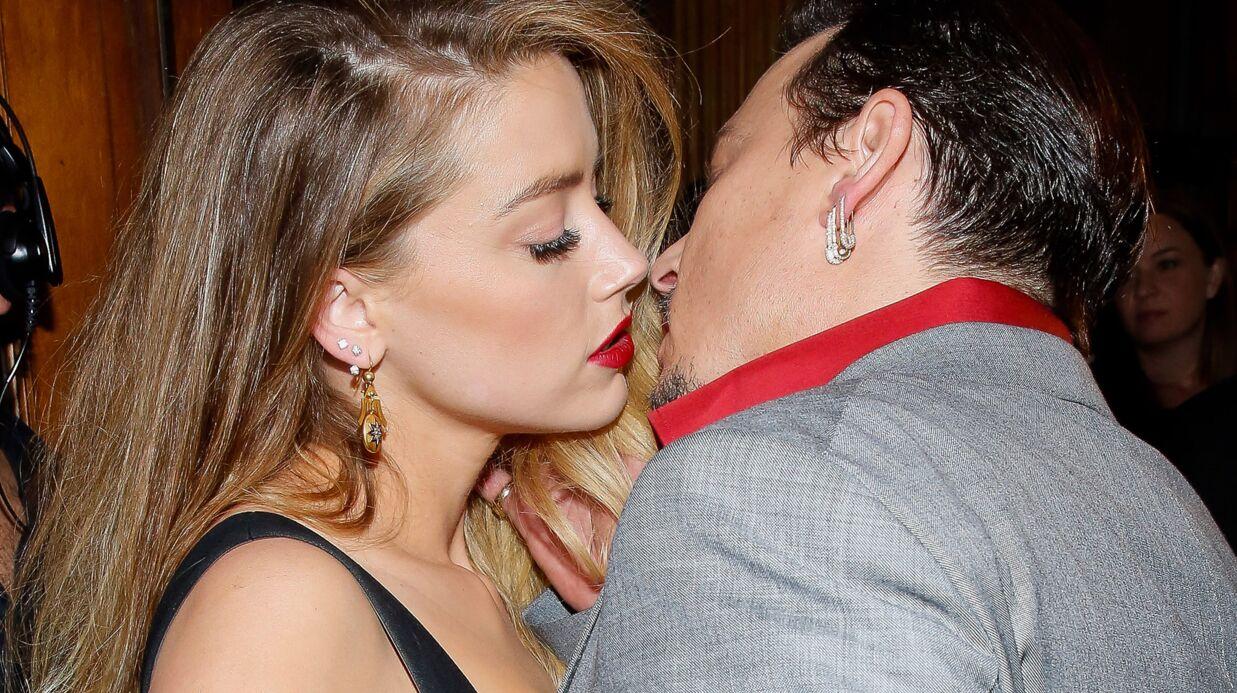 PHOTOS Amber Heard et Johnny Depp s'embrassent comme deux ados amoureux sur tapis rouge