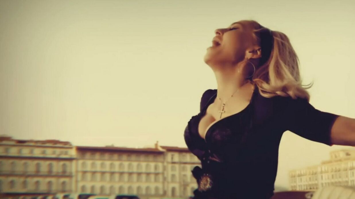 VIDEO Madonna dévoile son clip Turn Up The Radio