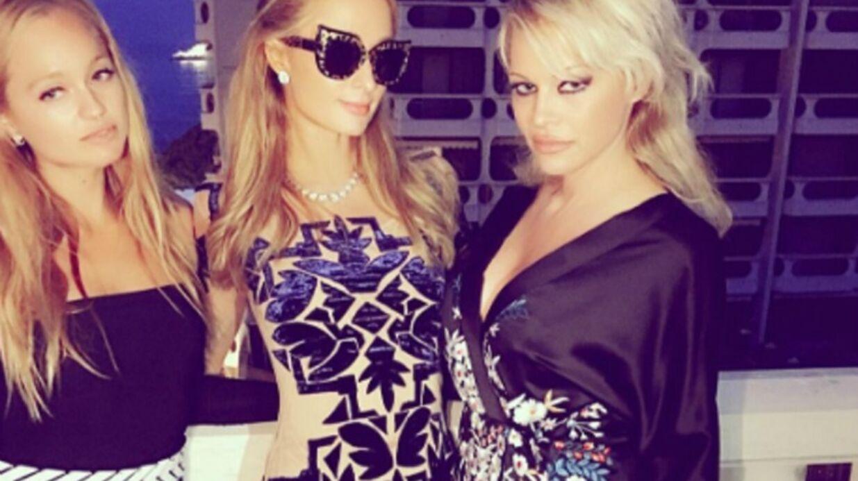 PHOTO Paris Hilton fait la fête avec Pamela Anderson