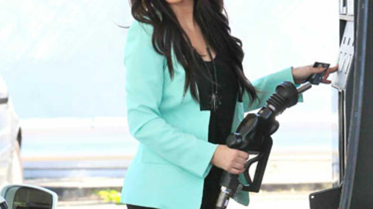 Kim Kardashian enfarinée sur le tapis rouge