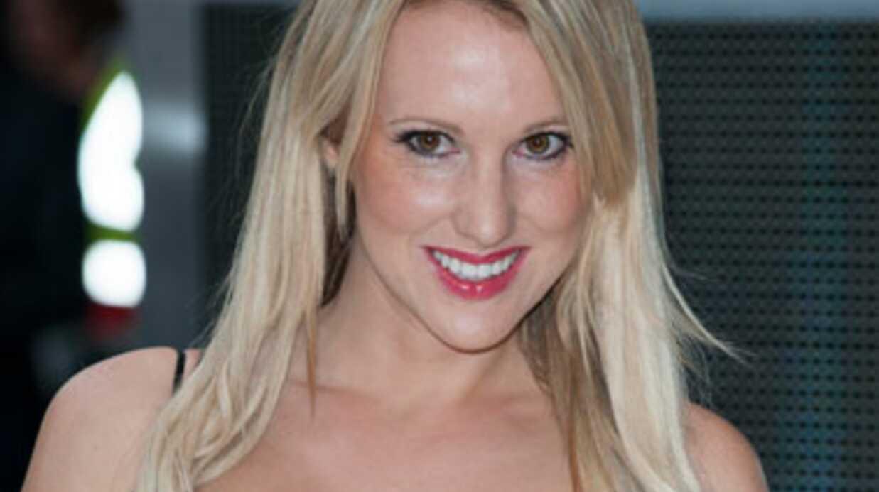 PHOTOS Rebecca Ferdinando montre ses seins pour se faire connaître