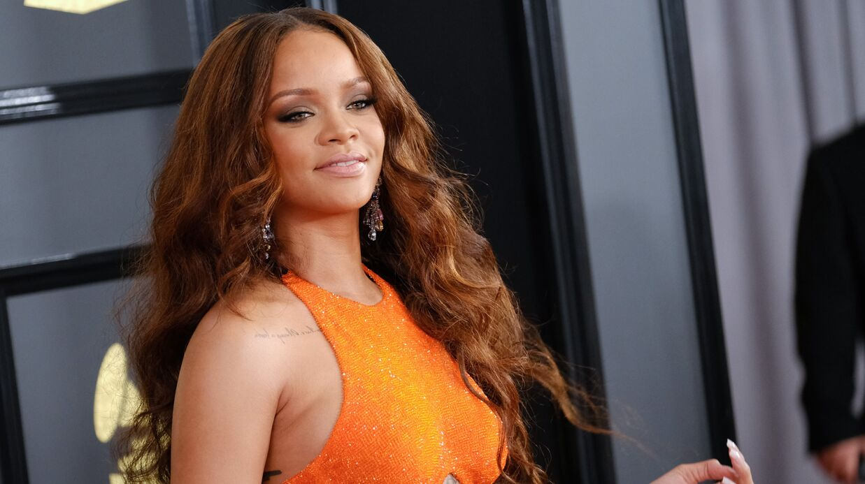 PHOTO L'étrange tenue de Rihanna au festival Coachella