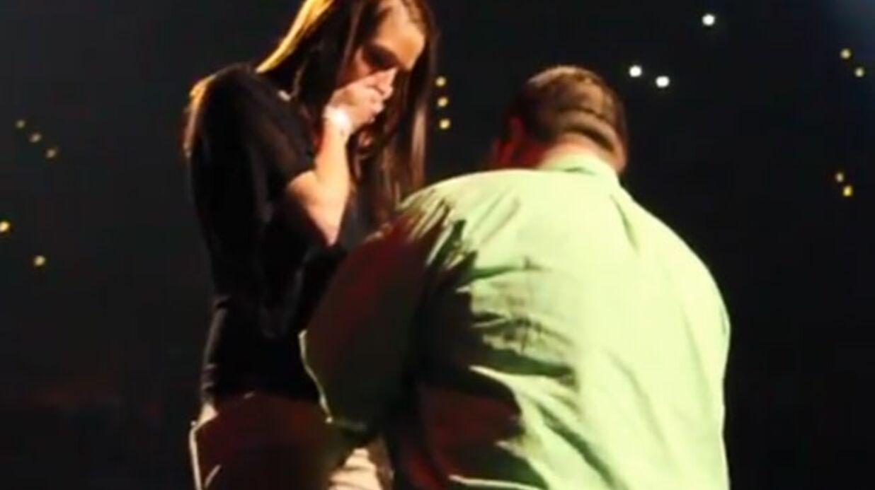 VIDEO Justin Timberlake fait monter un fan sur scène pour sa demande en mariage