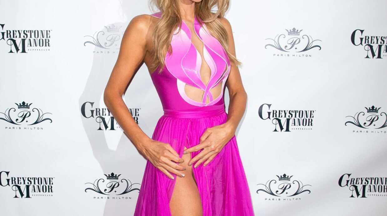 PHOTOS Paris Hilton a failli dévoiler son intimité sur le tapis rouge