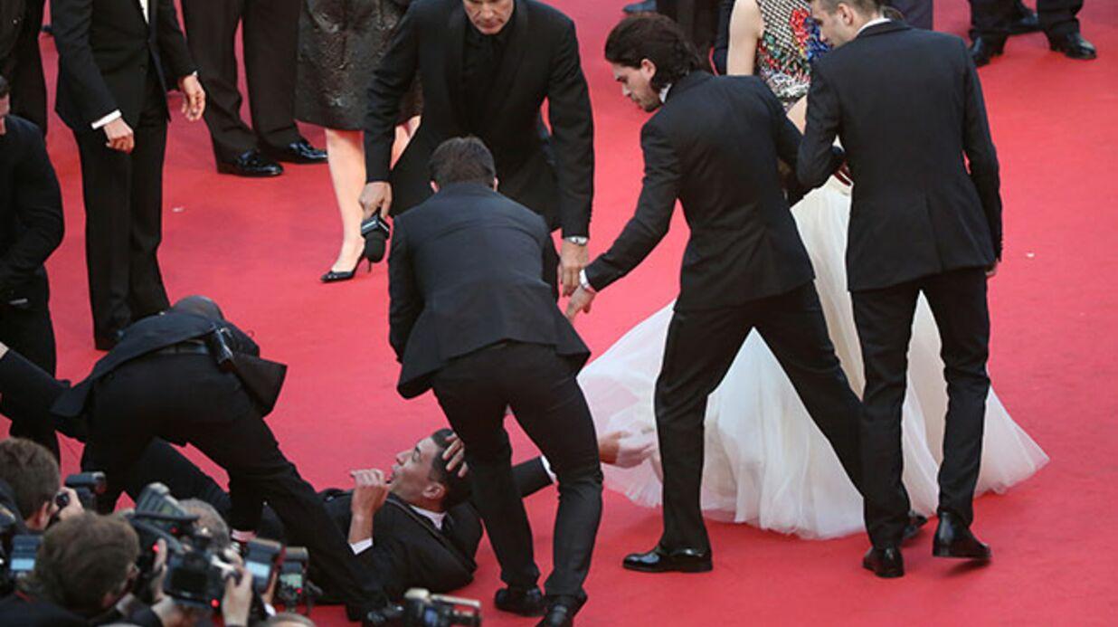 PHOTOS Cannes: un journaliste s'est jeté sous la robe d'America Ferrera