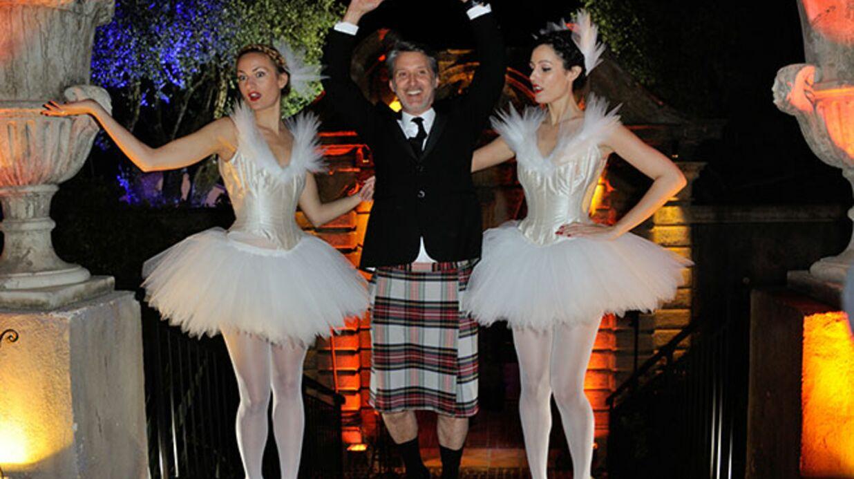 PHOTOS Cannes: tenue correcte exigée chez Canal + et ambiance assurée chez Schweppes