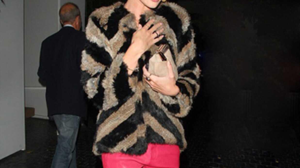 Rosie Huntington-Whiteley: un look 100% réussi