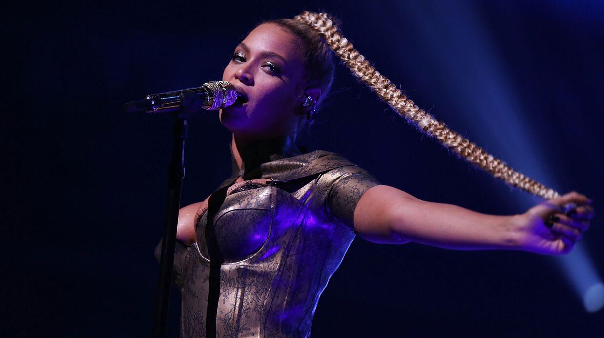 VIDEO Beyoncé: l'oreille ensanglantée, elle assure sur scène malgré tout