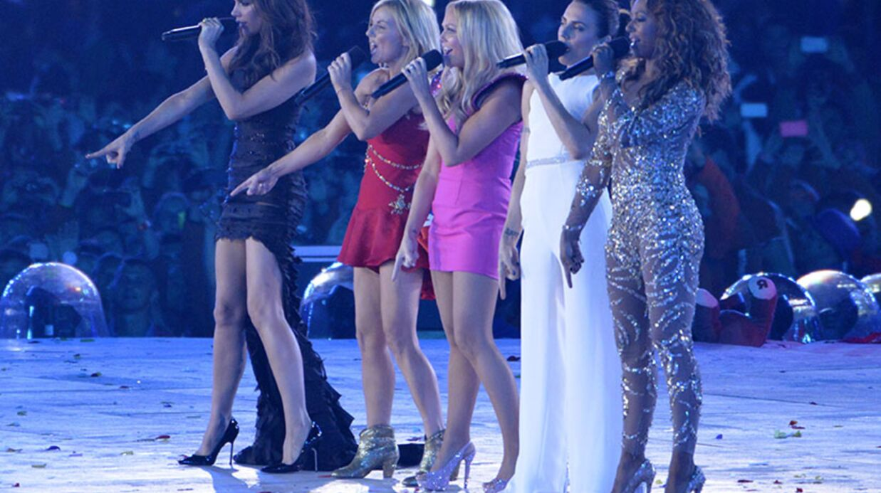 PHOTOS Mel B des Spice Girls tombe de ses talons hauts