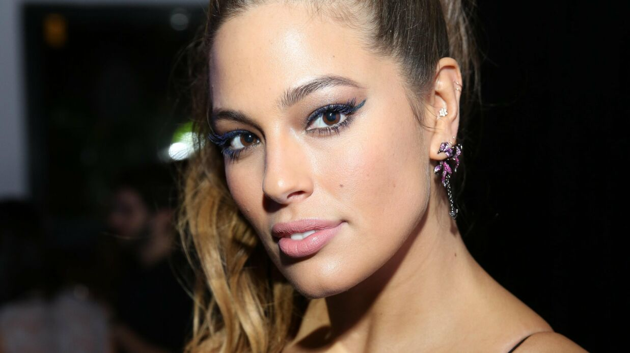 Ashley Graham raconte son agres­sion sexuelle quand elle avait 10 ans