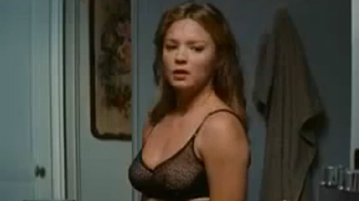 VIDEO Virginie Efira, cougar super sexy dans son nouveau film