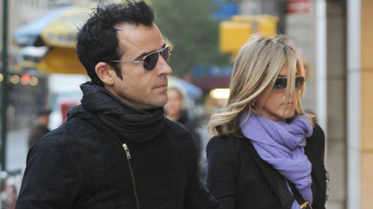 Jennifer Aniston et Justin Theroux adoptent un chiot
